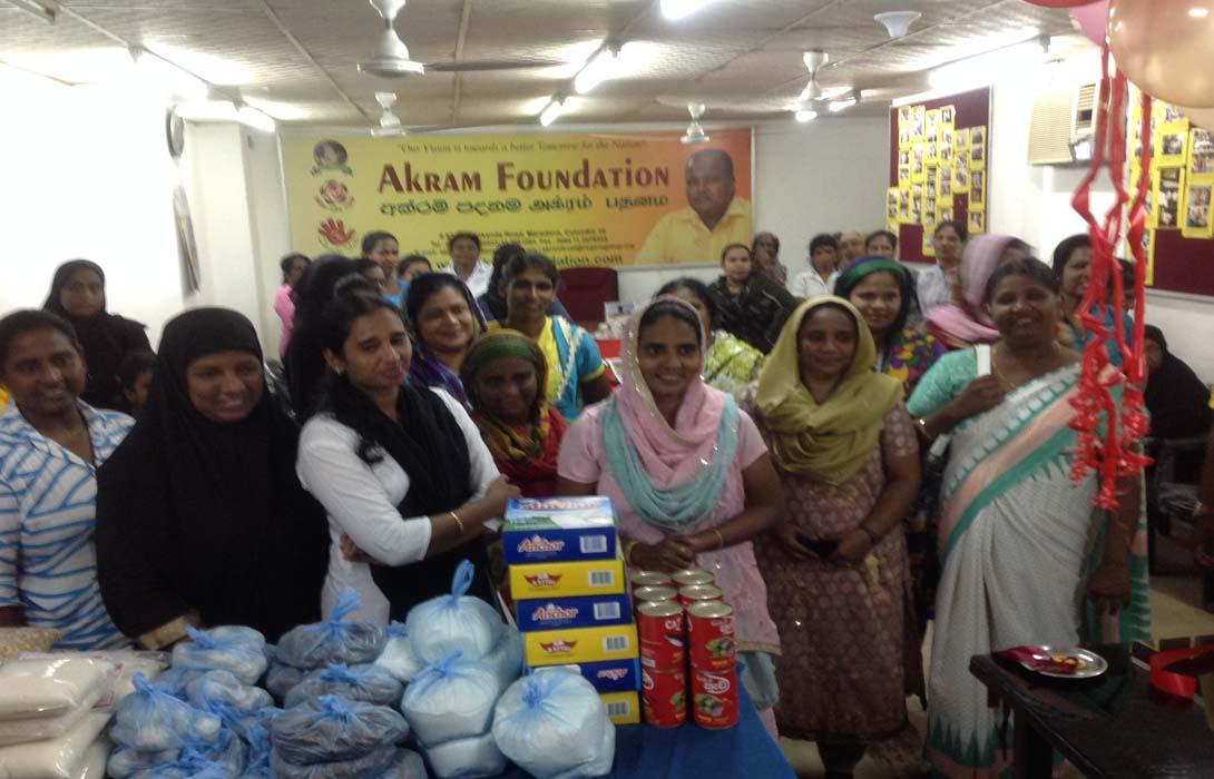 """Mr. Mohamed Akram, Chairman of Akram Foundation started """"Sahana Sela"""" for ladies"""